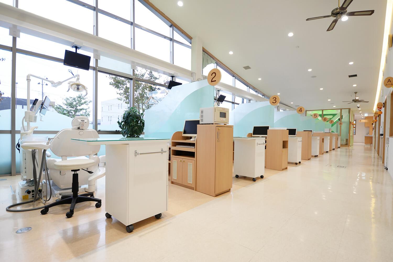 震災後にオープンした、大きくてきれいな診療所です